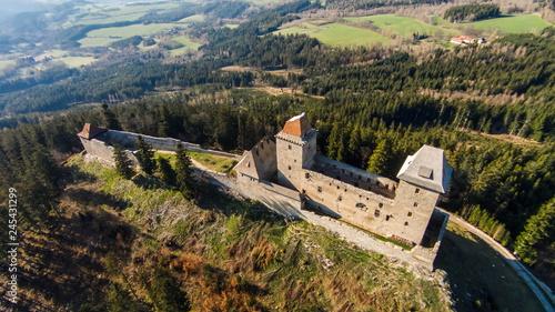 Cadres-photo bureau Con. Antique Ruins of Castle Kasperk aerial view. The Czech Republic, Europe .