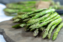 Fresh Raw Green Asparagus Vege...