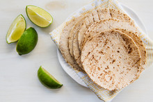Fresh Tortillas With Lime Slices