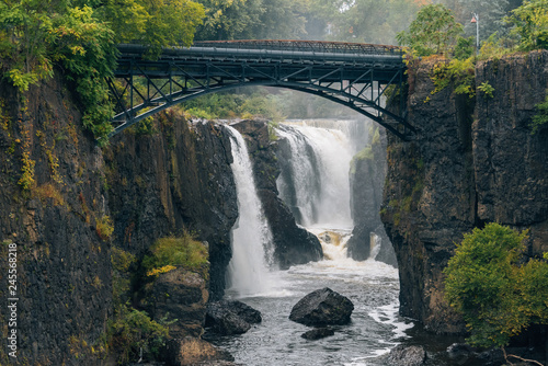 Spoed Fotobehang Centraal-Amerika Landen The Great Falls of the Passaic River in Paterson, New Jersey