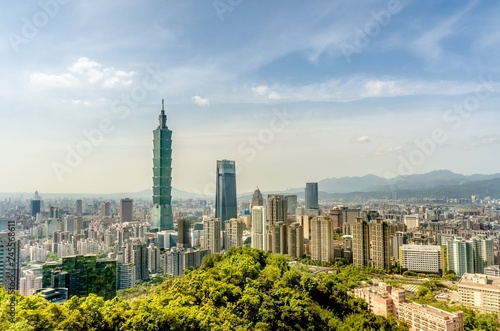 фотография  Taipei Cityscape from Elephant moutain (Xiangshan), Taipei, Taiw