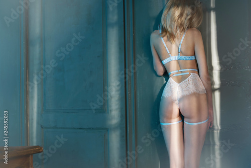 Tuinposter womenART Fashion art photo of beautiful sensual woman in sexy lingerie