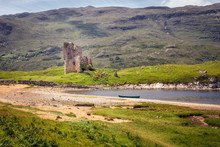 Ruins Of The Ardvreck Castle On The Shores Of Loch Assynt, Sutherland, Highlands Of Scotland