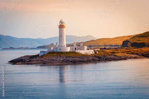 Photo Eilean Musdile Lighthouse at Loch Linnhe, road to the Isle of Mull, Inner Hebrid