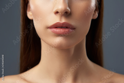 Charming young woman with beautiful full lips Tableau sur Toile