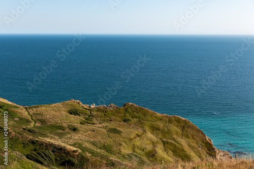 Photo  Durdle Door and the beautiful landscape in the jurassic coast , Dorset,UK