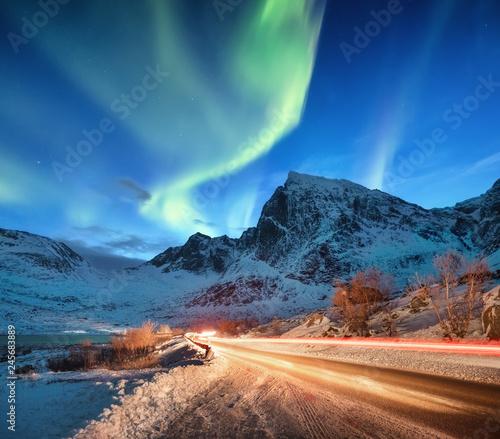 Valokuva Aurora borealis on the Lofoten islands, Norway