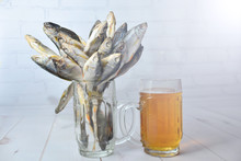 Image Set: Dried Fish And Beer