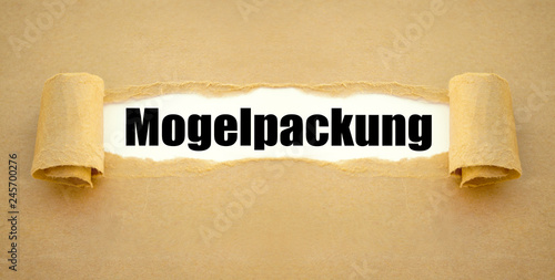 Fotografering  Mogelpackung