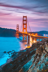 Fototapeta Mosty Golden Gate Bridge at twilight, San Francisco, California, USA