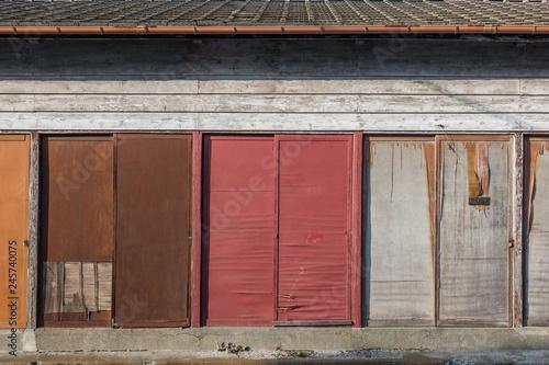 Fotografie, Obraz  古い小屋の扉 Door of the old hut