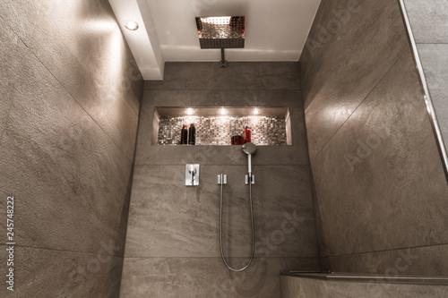 Perfekt Modernes Badezimmer Klein Luxuriös Modern Mit Offener Dusche
