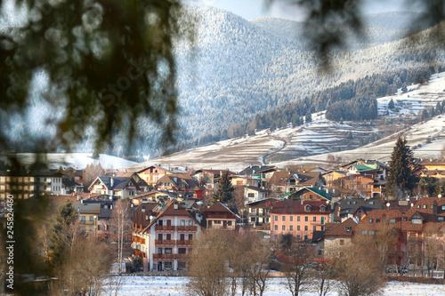 Photo Foto di bellissimo paesaggio invernale
