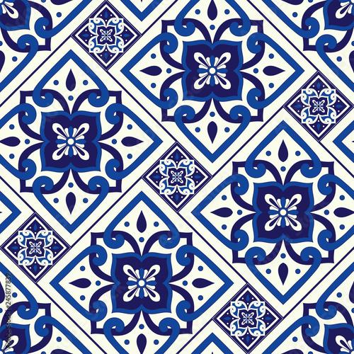 Foto  Portuguese tile pattern seamless vector with vintage motifs