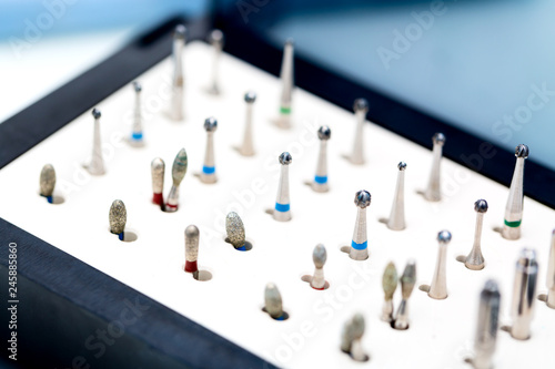Fotografía Dental nozzles or drill heads for the drill in a box
