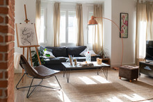 Light Modern Room Decorated Fo...