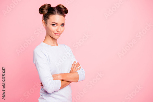 Foto  Profile side view portrait of nice-looking cute lovable attractive winsome lovel