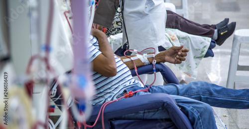 Fotografia  hemodialysis in people on the equipment
