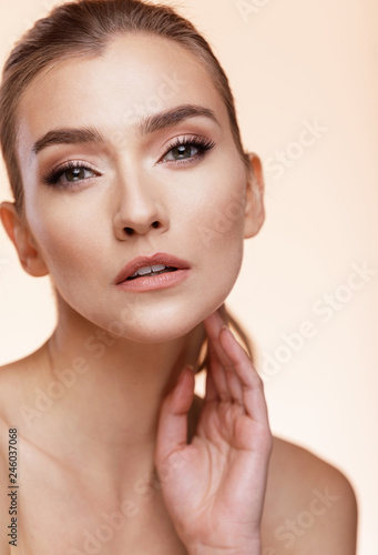 Fototapety, obrazy: Beautiful Young Girl