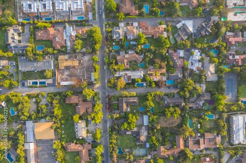 Photo  Amazing aerial views of Santiago de Chile city streets, neighbourhoods, beautifu