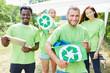 canvas print picture Team Freiwilliger beim Müll sammeln