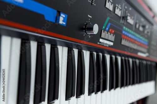 Clavier synthétiseur Roland - 246128265