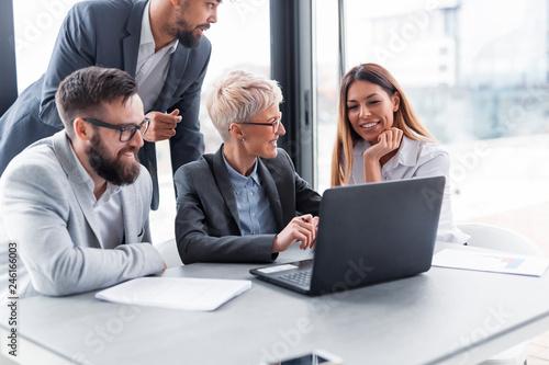 Fotografía  Business people working