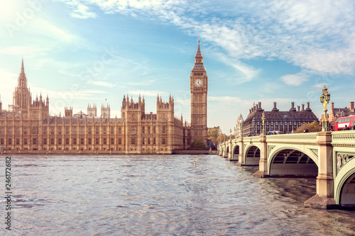 Fotobehang Centraal Europa Big Ben, the Houses of Parliament and Westminster Bridge in London