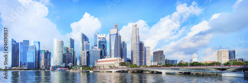 Fotobehang Asia land central Singapore skyline. Financial towers and Esplanade drive bridge