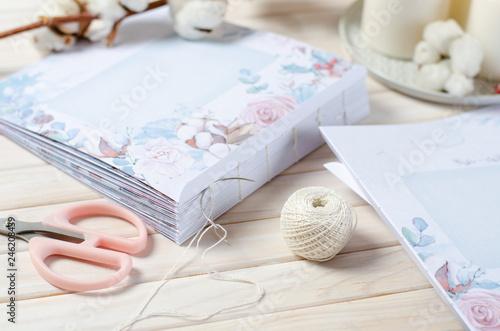 Valokuva  Book binding