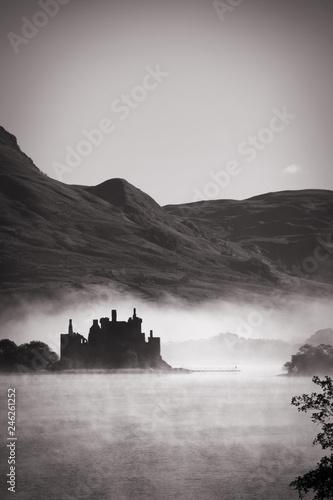 Papiers peints Con. ancienne Kilchurn Castle