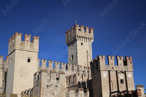 Foto  Sirmione del Garda - il  Castello