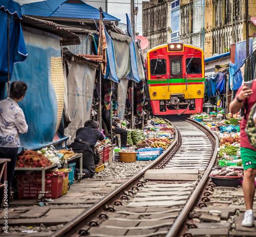 Maeklong Railway Market . Fototapeta