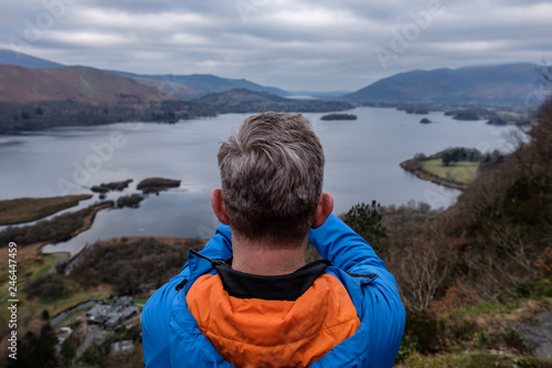 Photographer overlooking Derwent Water Tablou Canvas
