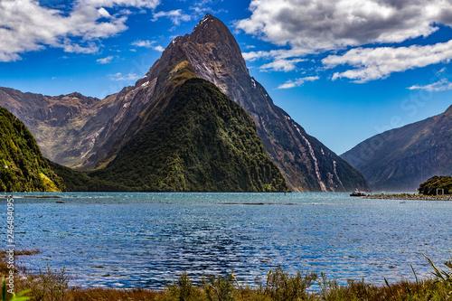 Foto op Aluminium Oceanië New Zealand. Milford Sound (Piopiotahi) - Mitre Peak