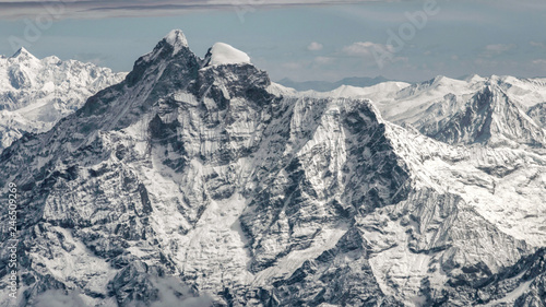 everest mountain range