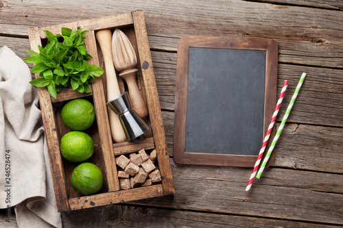 Mojito cocktail ingredients box