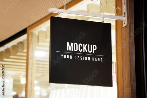 Fotografia Mockup sign outside of a shop