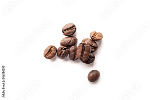 Keuken foto achterwand koffiebar Coffee beans isolated on white background. Close-up.