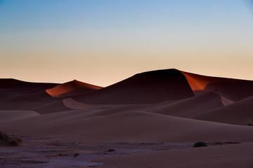 Fototapeta na wymiar Colori e luoghi del Marocco e del suo deserto