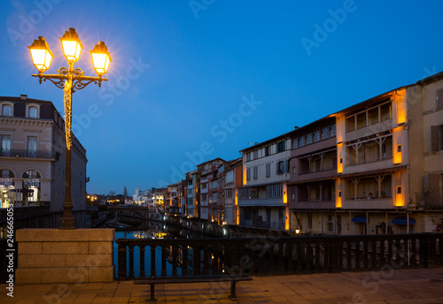Fotobehang Europa Night view of Castres, France