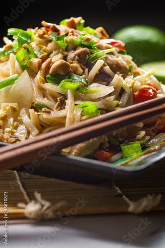Fotografie, Obraz  Pad Thai Chicken