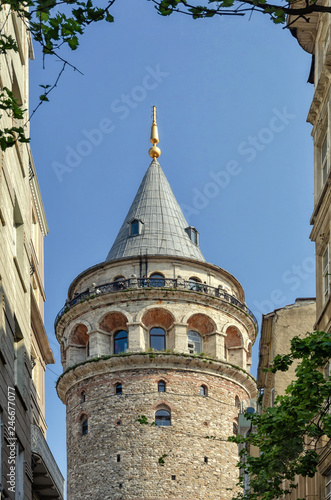 Fotobehang Historisch geb. Galata tower is a famous landmark in the European side of Istanbul - Image