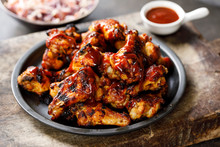 Barbecue Chicken Wings With Sa...