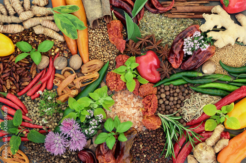 Fototapety, obrazy: Herb and spice fresh and dried food seasoning selection forming a background. Top view.