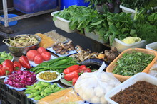 Fresh Vegetables On Sale In Da...