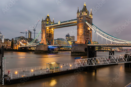 Fotografia, Obraz  Tower Bridge in London at Dusk
