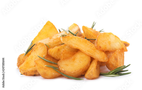 In de dag Aromatische Baked potatoes with rosemary on white background