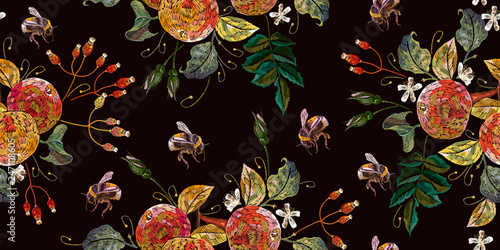 fototapeta na ścianę Apples and bumblebee seamless pattern. Fashion spring nature template for clothes, textiles, t-shirt design. Blossoming apple-tree art