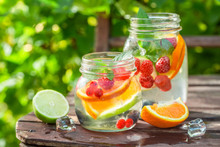 Healthy Lemonade With Mix Of C...